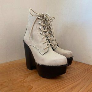 Jeffrey Campbell Grey Tardy Boots Size 7.5